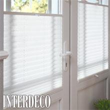 Weißes Plissee - Licht für die Fenster.