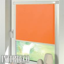 Orange Rollos - Sichtschutz für die Fenster.
